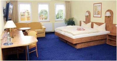 Gästezimmer / Doppelzimmer im Hotel Neumanns Dampfschiff - Sörnewitz zwischen Meißen und Dresden