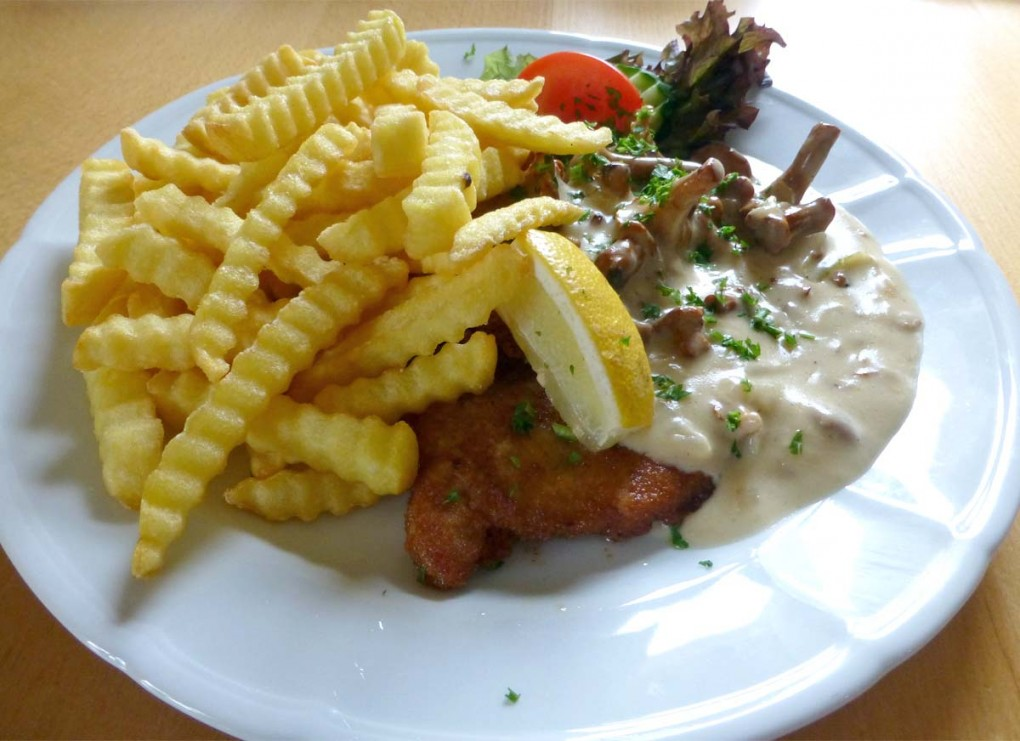Schnitzel mit frischen Pfifferlingen